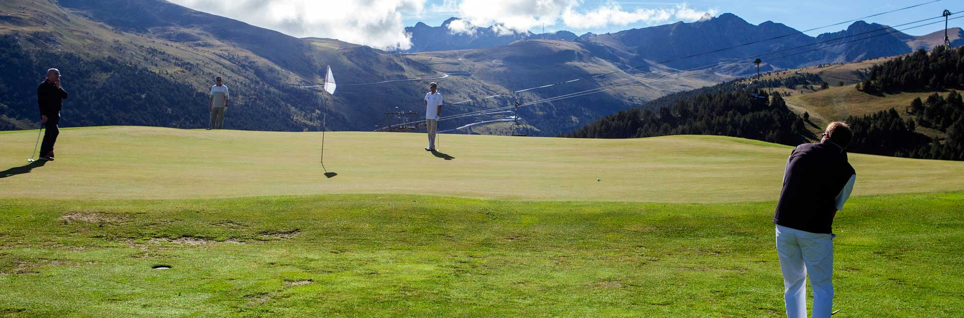 camp de golf a lestiu a Andorra